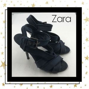 Zara Basic Navy Strappy Buckle Heels EU 40